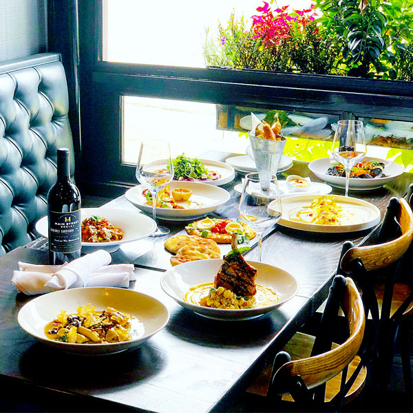 reservations to libertyville italian restaurant main street social